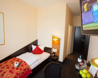 Hotel Big Mama - Lipsia - Camera da letto