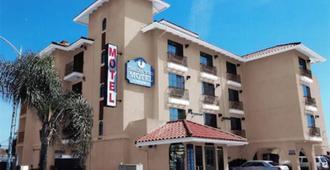 Travel Time Motel - San Diego - Building