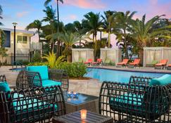 Fairfield Inn & Suites Key West at The Keys Collection - Key West - Zwembad