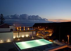 بي جوتا آه - سانتا ماريا يوث هوستل - فيلا دو بورتو - حوض السباحة