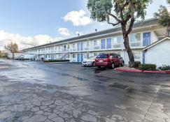 Motel 6 Hayward, Ca - East Bay - Hayward - Gebouw
