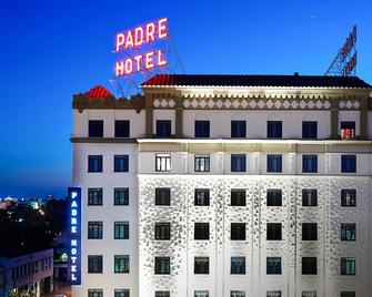 The Padre Hotel - Bakersfield - Building
