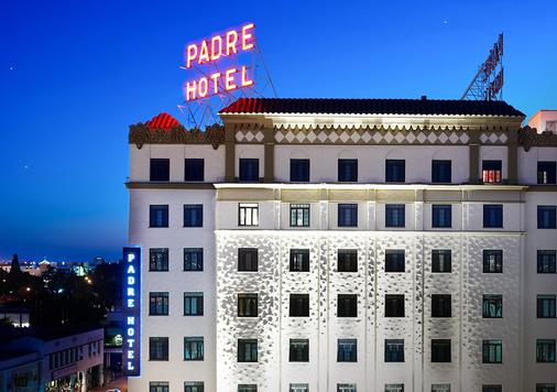 Padre Hotel - Bakersfield - Building