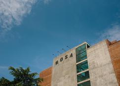 Rosa Malacca - Malakka - Gebäude