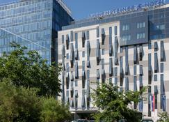 Falkensteiner Hotel Belgrade - Belgrado - Edificio