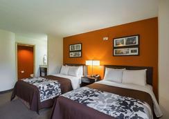 Sleep Inn and Suites Danville - Danville - Bedroom