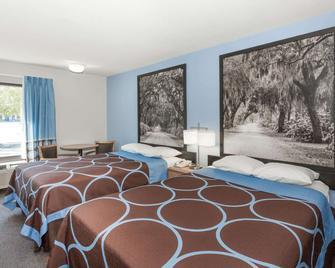 Super 8 by Wyndham Valdosta/Conf Center Area - Valdosta - Bedroom