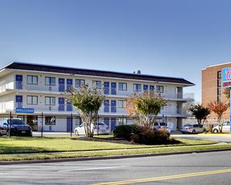 Motel 6 Washington DC - Capitol Heights - Capitol Heights - Gebäude