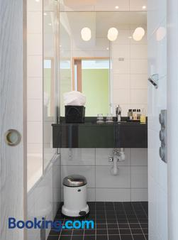 Clarion Collection Hotel Wellington - Stockholm - Bathroom
