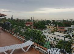 Adriano's Apartahotel - Santo Domingo - Balkon