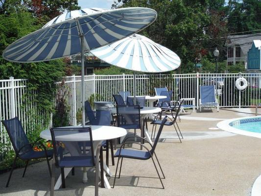 The Springs Motel - Saratoga Springs - Βεράντα