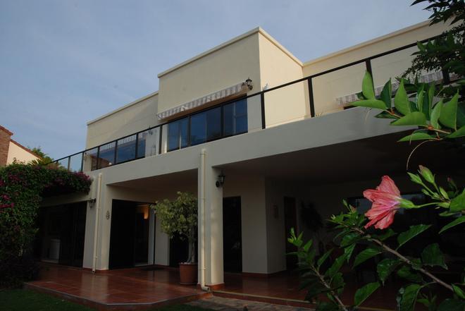 加里尼家庭旅館 - 普利登堡灣 - 建築
