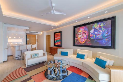 Breathless Montego Bay - Adults Only - Montego Bay - Living room