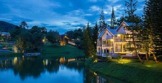 Brookside Valley Resort - Rayong - Bedroom
