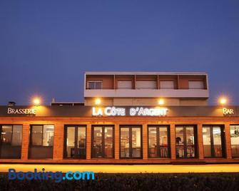 Hotel Cote d'Argent - Lacanau Océan - Building
