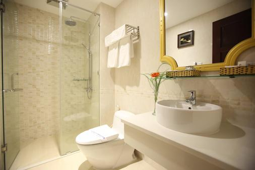 Orange Hotel - Da Nang - Bathroom