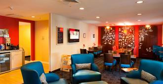 TownePlace Suites by Marriott Savannah Airport - Savannah - Lounge