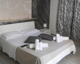 White Beach Beb - Fontane Bianche - Bedroom