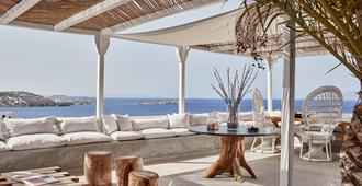Boheme Mykonos Adults Only - Small Luxury Hotels Of The World - Mykonos - Patio