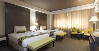 88 Courtyard Hotel - Manila - Habitación