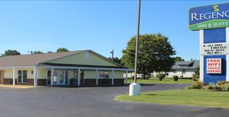 Regency Inn & Suites - Pittsburg - Edificio