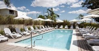 Costa Colonia - Riverside Boutique Hotel - Colonia del Sacramento - Piscina