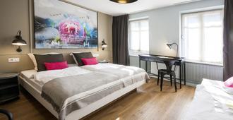 Hotel Roses - Straßburg - Schlafzimmer