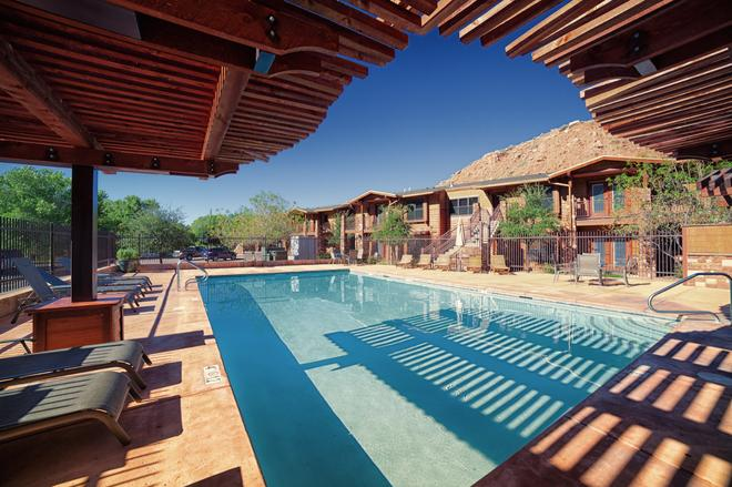 Cable Mountain Lodge - Springdale - Piscina