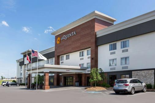 La Quinta Inn & Suites Goodlettsville - Goodlettsville - Rakennus