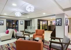 La Quinta Inn & Suites Goodlettsville - Goodlettsville - Aula