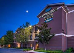 Homewood Suites by Hilton Fresno - Fresno - Building
