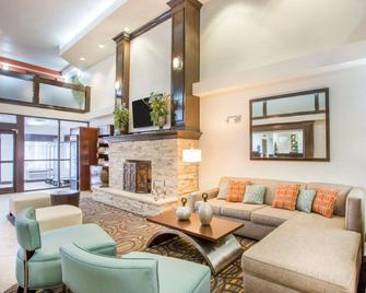 Comfort Suites Lebanon - Lebanon - Вітальня