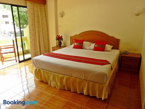 Kata View Guest House - Karon - Bedroom