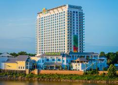 Margaritaville Resort Casino - Bossier City - Building
