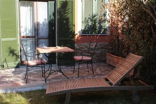 Welcome Bed And Breakfast - Pisa - Patio
