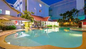 Memoire d' Angkor Boutique Hotel - Siem Reap - Pool