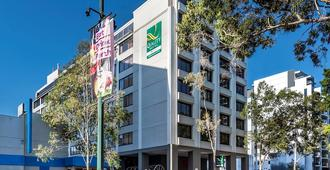 パース アンバサダー ホテル - パース - 建物
