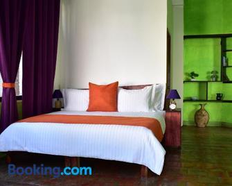 Pueblito Tlaquepaque Hotel Boutique - Tlaquepaque - Bedroom