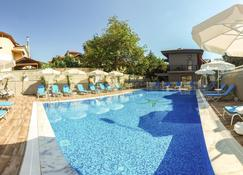 Gocek Centre Hotel - Göcek - Pool