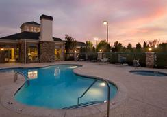 Hilton Garden Inn Atlanta Northpoint - Alpharetta - Pool