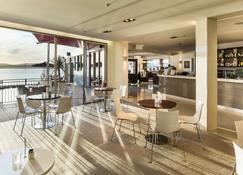 特里妮蒂陶蘭加碼頭酒店 - 道蘭加 - 陶朗阿 - 餐廳