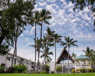 Maui Beach Hotel - Kahului - Outdoors view