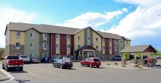 My Place Hotel- Cheyenne, WY - Cheyenne