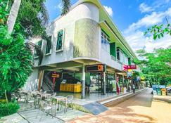 K2 Hotel at Thachang - Chaiya - Gebäude
