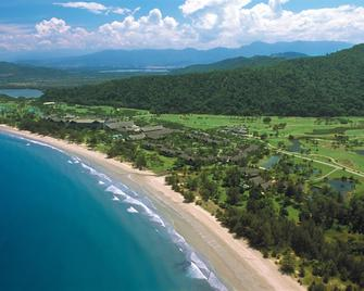 Nexus Resort & Spa Karambunai - Kota Kinabalu - Beach