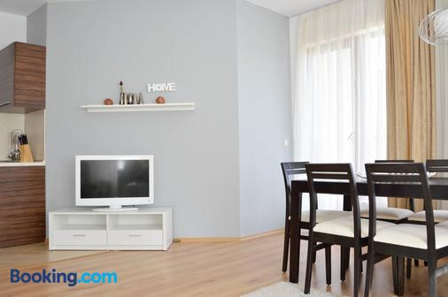 Cabacum Beach Residence - Golden Sands - Dining room