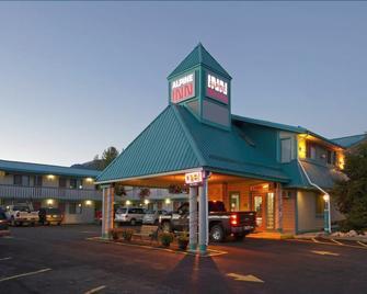 Alpine Inn - Valemount - Building