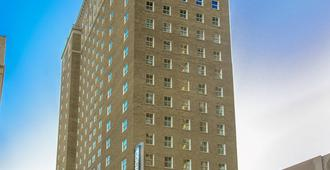Courtyard by Marriott St. Louis Downtown/Convention Center - St. Louis - Building