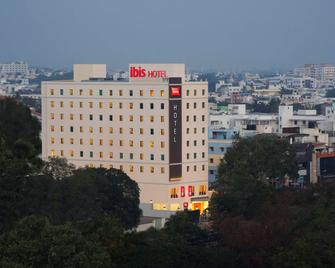 ibis Coimbatore City Centre - Coimbatore - Building