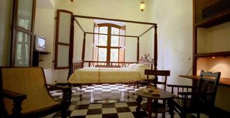 Le Dupleix - Puducherry - Bedroom